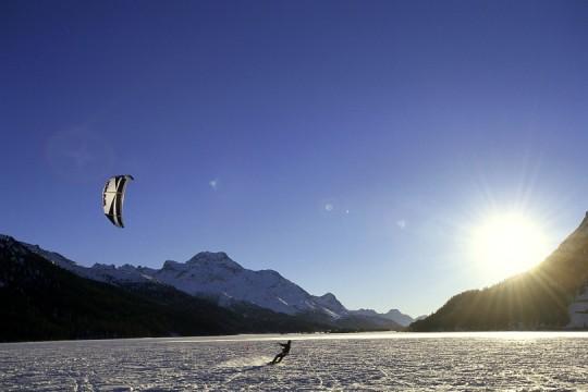 Snowkiten auf dem Silvaplanersee